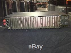 AB International Professional 8120A Monorual Bi-Amp Power amplifier