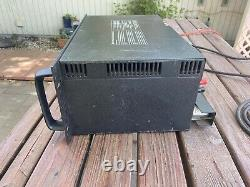 BGW Professional Model 750B Power Amplifier. Powers On. Working. Vintage, Heavy