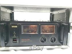 Yamaha P-2200 Pro Series Natural Sound Power Amplifier 600W with XSPRO Hard Case
