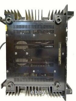 Yamaha P-2200 Professional Series Natural Sound Power Amplifier