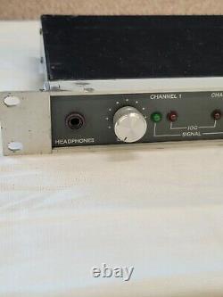 Crown D-75 2 Canaux Amplificateur De Puissance Rack Mount D75 Amp Pro Audio 55 W