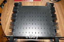 L'amplificateur De Puissance Bryston 4b St Pro Est Superbe