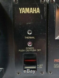 Yamaha P-2200 Series Pro Natural Power Sound Amplifier 600w Avec Xspro Hard Case