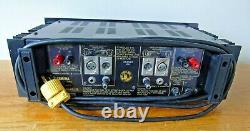 Yamaha Professional Series Natural Sound Amplificateur P-2100 - Desservi